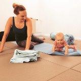 Baby og mor laver duen <3