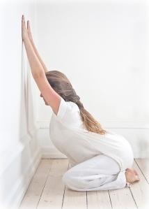 2010--Yogastilling-farve-001