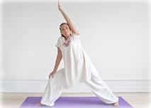 2010--Yogastilling-farve-265