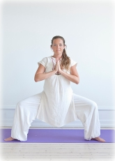 2010--Yogastilling-farve-315
